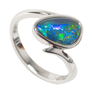 BEETLE FLASH STERLING SILVER AUSTRALIAN BLACK OPAL RING