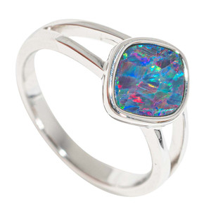 FLICKERING RAINBOW STERLING SILVER AUSTRALIAN OPAL RING