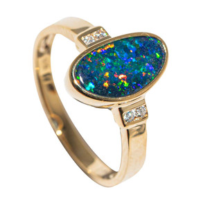 GOLDEN SEA GLOW 14KT YELLOW GOLD & DIAMOND AUSTRALIAN OPAL RING