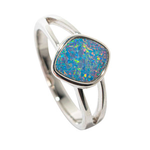 ETHEREAL SUBLIME STERLING SILVER AUSTRALIAN OPAL RING