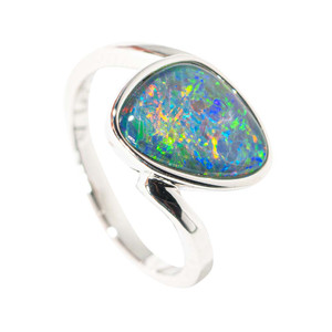 DREAMING OF PARADISE STERLING SILVER AUSTRALIAN  OPAL RING