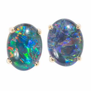 CAPTIVATING SUNSPLASH 14KT GOLD AUSTRALIAN OPAL STUD EARRINGS