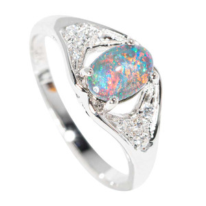 ARCTIC HOLIDAY STERLING SILVER AUSTRALIAN  OPAL RING