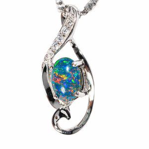 * FLOWER CHILD STERLING SILVER AUSTRALIAN  OPAL NECKLACE