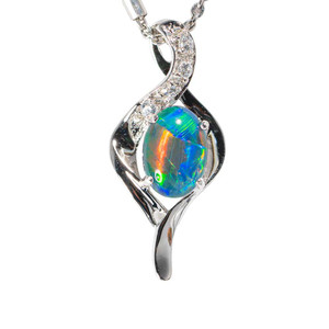A ELECTRIC BLOSSOM STERLING SILVER AUSTRALIAN  OPAL NECKLACE