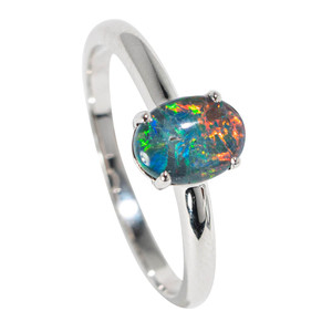 A SUEDE SEA STERLING SILVER AUSTRALIAN  OPAL RING