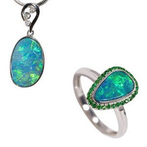 GARDEN SUPREME 14KT WHITE GOLD & DIAMOND AUSTRALIAN OPAL JEWELLERY SET