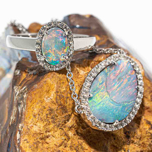 UNICORN SKIES STERLING SILVER AUSTRALIAN OPAL JEWELLERY SET