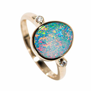 ELEGANT ESSENCE 14KT YELLOW GOLD & DIAMOND AUSTRALIAN OPAL RING