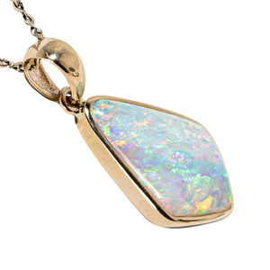 DREAM OF DAZZLE 14KT GOLD AUSTRALIAN CRYSTAL OPAL NECKLACE