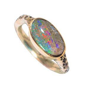 A CORAL REEF 14KT GOLD & STERLING SILVER AUSTRALIAN SOLID OPAL RING