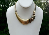 1970's Modernist Kunio Matsumoto TRIFARI Hammered Gold Necklace Serpentine Chain