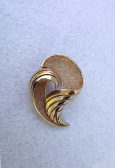 Vintage Trifari Gold Brooch Chased Abstract 3D Design Rhodium Plated Pin