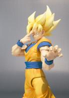 S.H.Figuarts Super Saiyan Son Goku Dragonball Z Action Figure by BANDAI