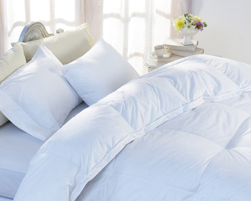 Dorchester 800 Fill Power Down Batiste Comforter