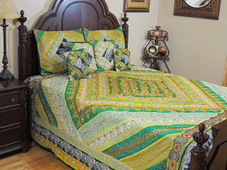 Indian Bedding Set - Decorative Green Sari Beaded Duvet Pillowcases - King