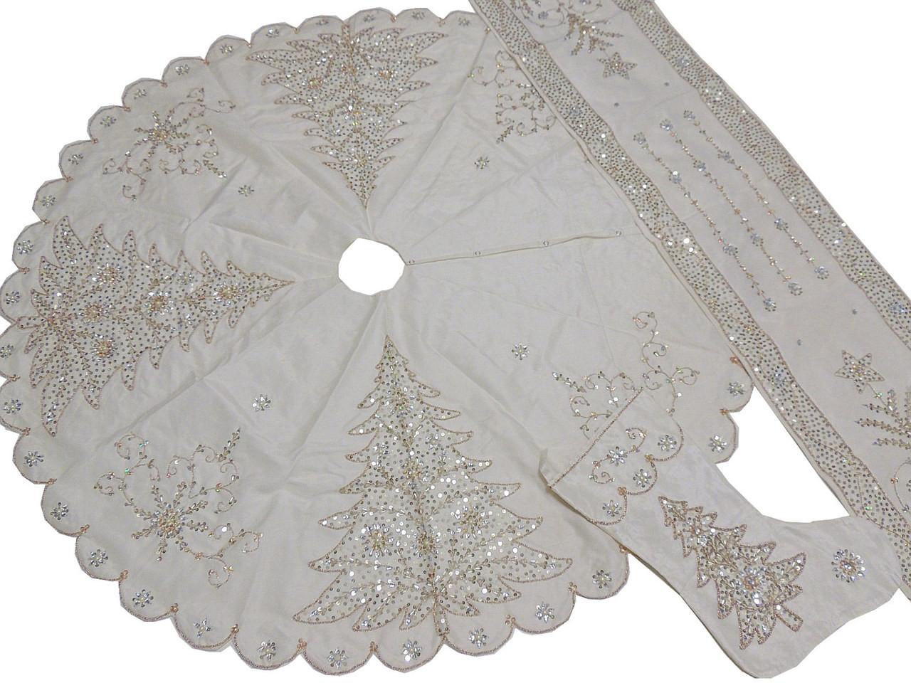 best sneakers f17b1 73cbc White Christmas Tree Skirt Stocking Runner Set - Novelty Beaded Decorations