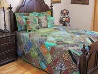 Green Decorative Beautiful Sari Bedding - Artisan Handmade Duvet Pillow Shams ~ King