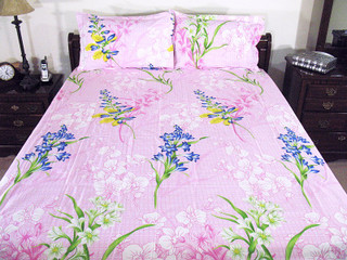 3P Pink Floral Bedroom Fine Indian Linen Cotton Bed Set set with pillow cases.