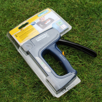 Rapid® R64 Heavy Duty Staple Gun