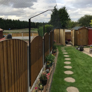 ProtectaPet® Cat Fence Extension Intermediate Post