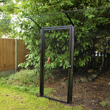 ProtectaPet® Single Gate in use with 2.4m posts in turf.