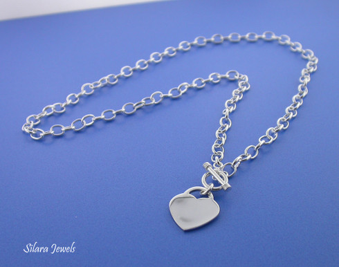 Toggle Necklace in Sterling Silver