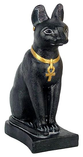 Egyptian cat : Egyptian Museum, Cairo. 600 B.C. - Photo Museum Store Company