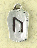 UR - Strength Pendant : Runestone with English Description on Reverse Side - Photo Museum Store Company