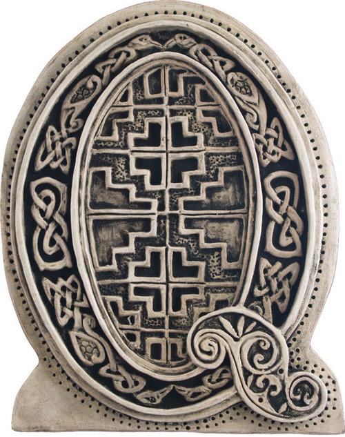 Manuscript Letter Q - Illuminated Ancient Ornate Irish Manuscripts - Museum Store Company Photo