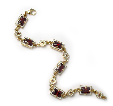 Elizabethan Bracelet - Museum Shop Collection - Museum Company Photo