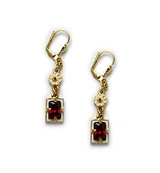 Elizabethan Earrings - Museum Shop Collection - Museum Company Photo