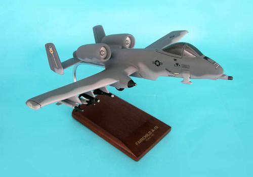 A-10a Warthog Thunderbolt  II 1/48 - United States Air Force (USA) - Museum Company Photo