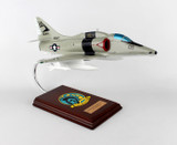 A-4f Skyhawk Navy 1/32  - US Navy (USA) - Museum Company Photo