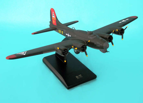 B-17g Fortress Olive 1/72 909  - US ARMY AIRCRAFT (USA) - Museum Company Photo