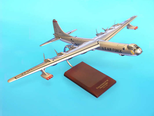 B-36j Peacemaker 1/100  - United States Air Force (USA) - Museum Company Photo