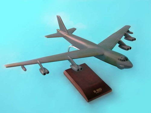 B-52g Stratofortress 1/100  - United States Air Force (USA) - Museum Company Photo