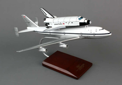 B-747 With Shuttle 1/200 Atlantis - Space Vehicle - Museum Company Photo