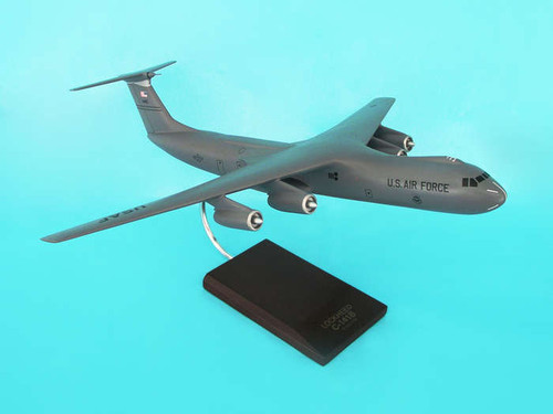 C-141b Starlifter Gray 1/100  - United States Air Force (USA) - Museum Company Photo