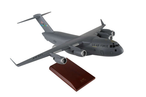 C-17 1/100 Dover Afb - United States Air Force (USA) - Museum Company Photo