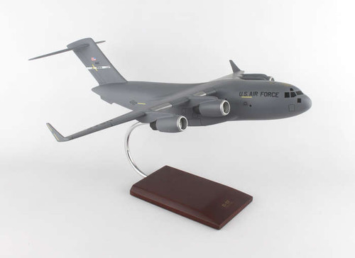 C-17 1/100 Travis Afb - United States Air Force (USA) - Museum Company Photo