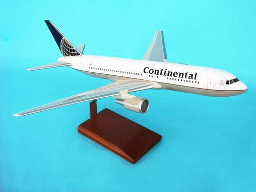 Continental 767-200 1/100  - Continental Airlines (USA) - Museum Company Photo