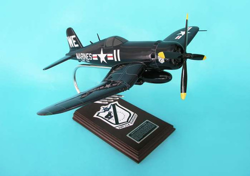 F4U-4 Corsair Usmc Black Sheep Squadron 1/26  - US Marine Corp (USA) - Museum Company Photo