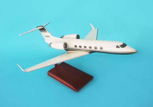 Gulfstream Iv 1/48  - Corporate Jet - Museum Company Photo