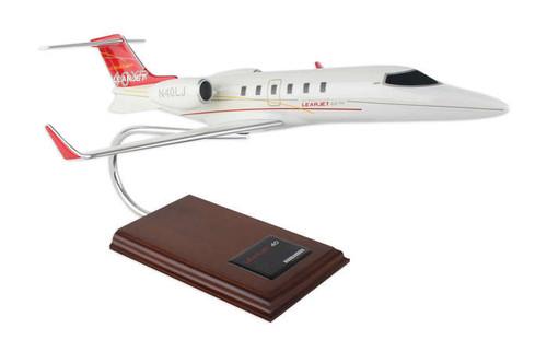 Lear 40 1/35  - Corporate Jet - Museum Company Photo