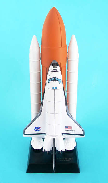 Space Shuttle Full Stack 1/200 Endeavor  - Space Vehicle - Museum Company Photo