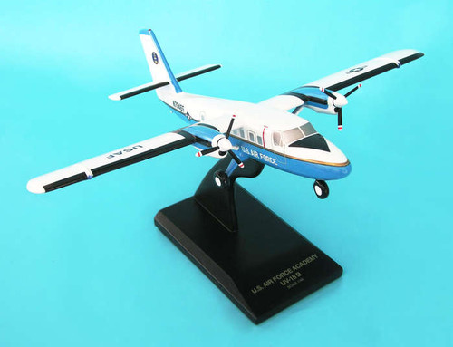 UV-18b Twin Otter 1/48  - United States Air Force (USA) - Museum Company Photo
