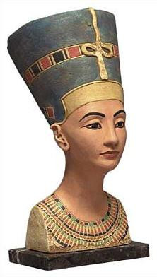 Bust of Queen Nefertiti - Dahlem Museum, Berlin  1365BC - Photo Museum Store Company