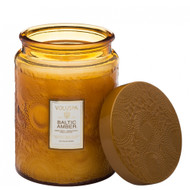 Containing essential oils of amber resin, sandalwood and a touch of neroli, Baltic Amber will fill your living space with its warm, sensual aroma.