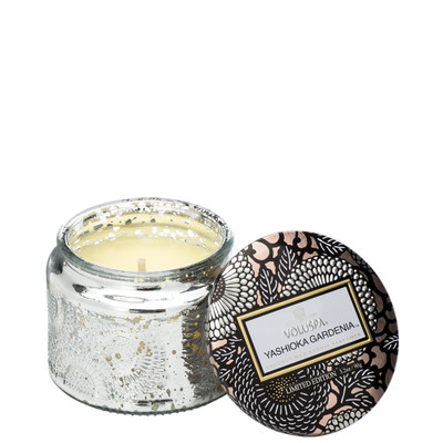 This inspirational scented candle features sublime notes Yashioka Gardenia, Tuberose and Tunsian Clove.